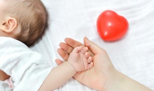 Фото №1 - Петербургские врачи: Грудное молоко улучшает ДНК ребенка