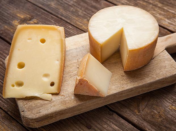 Фото №4 - 6 «страшилок» о сыре, после которых вам его не захочется