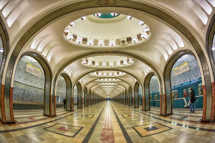 Фото №1 - Небесные своды Московского метро