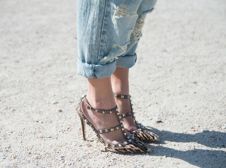 Фото №9 - Было ваше, стало наше: как и с чем носить джинсы-бойфренды