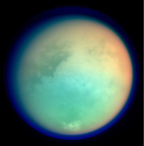 Фото №1 - В NASA предложили колонизировать Титан