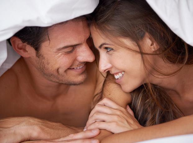 Фото №1 - Как разговаривать с мужчиной в постели