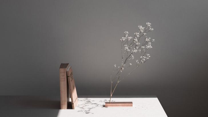 Фото №1 - No Vases: вазы без ваз