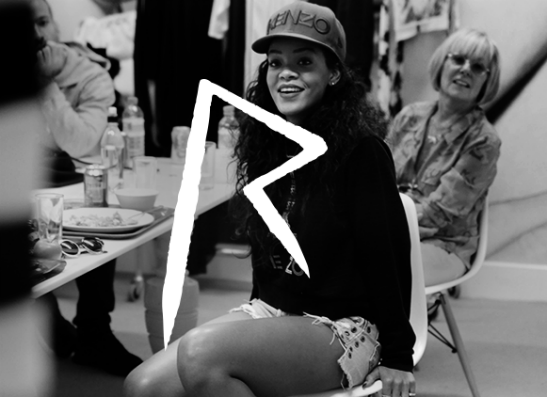 Фото №1 - Модные критики не вдохновились коллекцией Рианны для River Island