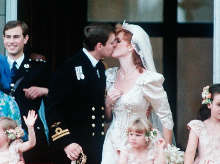 Фото №11 - Уйти от Виндзоров и остаться счастливой: история Сары Фергюсон, бывшей супруги принца Эндрю