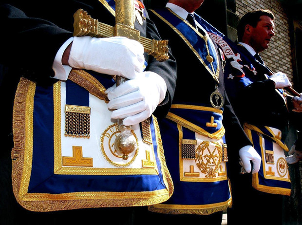 Фото №16 - Виндзоры и масоны: как британская королевская семья связана с братством вольных каменщиков