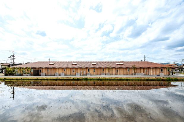 Фото №7 - Детский сад по проекту Кенго Кумы