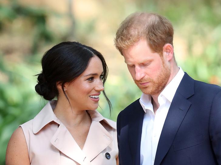Фото №3 - Почему Гарри и Меган пора самим отказаться от королевских титулов