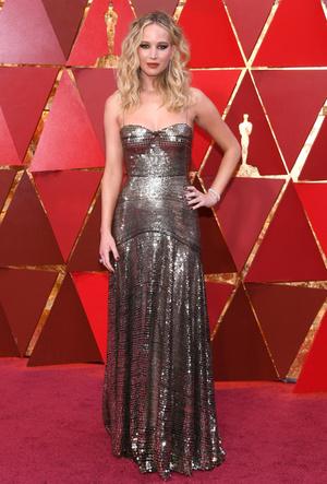 Фото №41 - Легенды «Оскара»: самые известные платья в истории премии