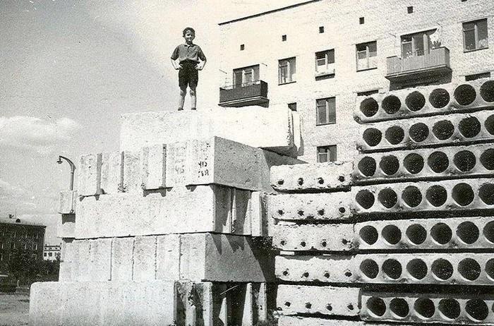 Фото №1 - Топ-10 экстремальных развлечений из советского детства
