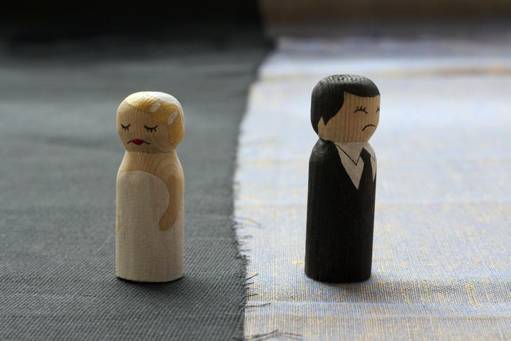 Фото №1 - Названа одна из основных причин разводов