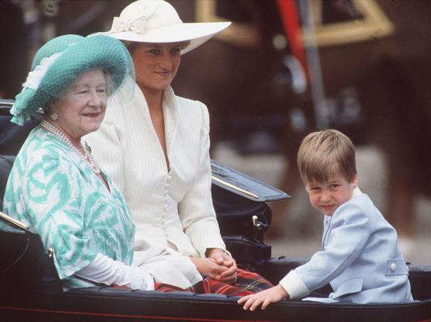 Фото №5 - Мудрость поколений: какой совет королевы-матери принц Уильям запомнил на всю жизнь