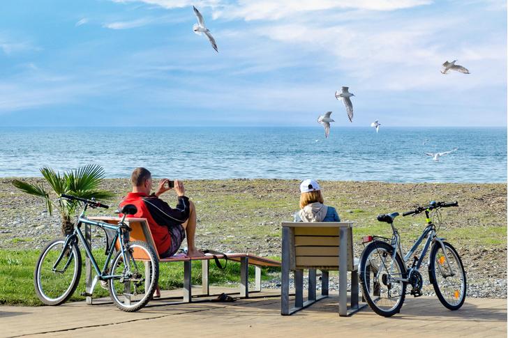 Фото №1 - Пора в отпуск: куда можно поехать отдохнуть с семьей летом 2021 года