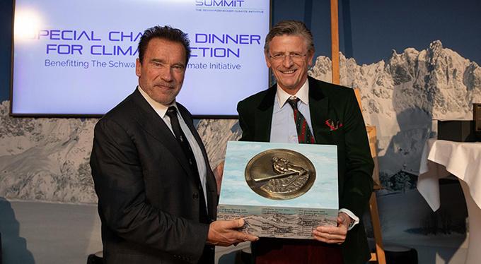 Арнольд Шварценеггер провел благотворительный ужин в поддержку окружающей среды