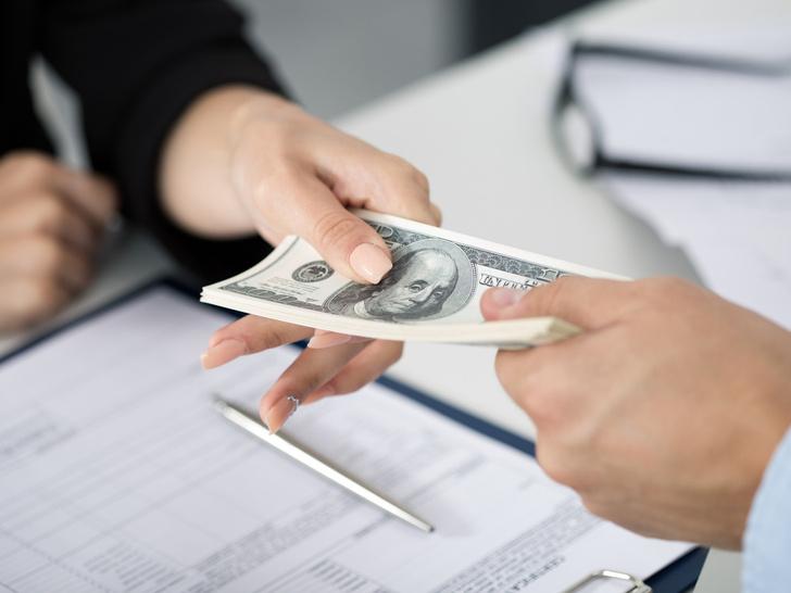 Фото №2 - Психология должника: как перестать жить в кредит