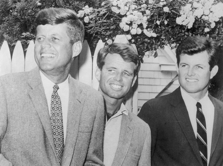 Фото №2 - Клан Кеннеди: как выглядит молодое поколение знаменитой династии