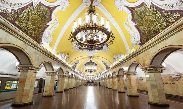 Фото №1 - Подземные дворцы и не только: самые красивые в мире станции метро