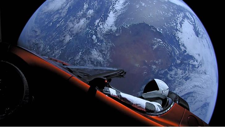 Фото №1 - Илон Маск запустил в космос земные бактерии