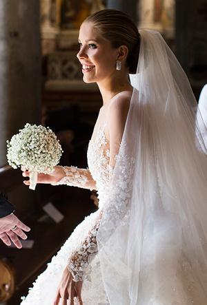 Фото №27 - 16 самых известных, красивых и дорогих свадебных платьев за всю историю