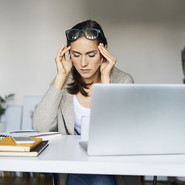 Что отвлекает вас от работы?