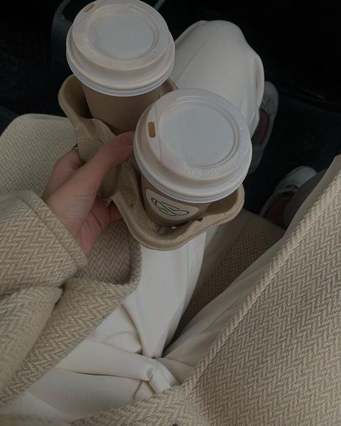 Фото №1 - Что происходит с кожей, когда ты пьешь кофе