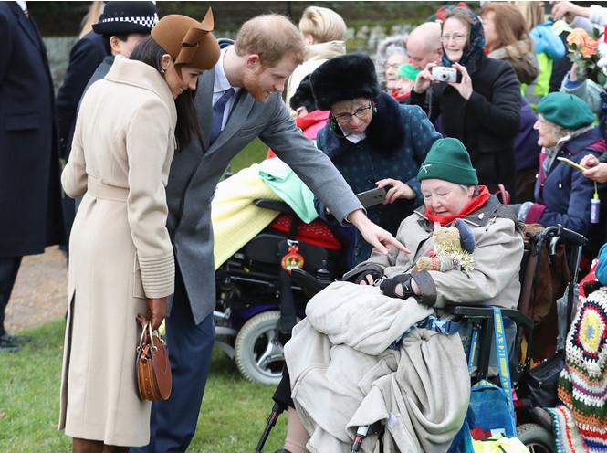 Фото №6 - Бедная Меган: 7 фактов о королевской рождественской службе в Сандрингеме