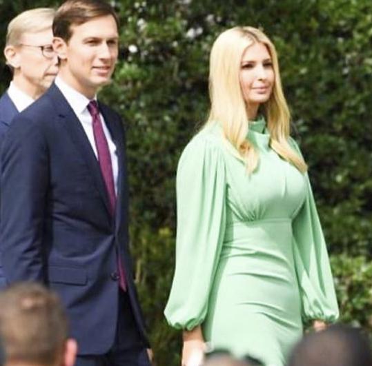Фото №4 - Самый красивый зеленый: Иванка Трамп в обворожительном платье цвета мятной зелени