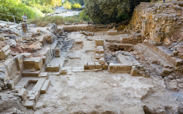 Фото №1 - Найдена церковь на месте, где Петр признал в Иисусе Мессию