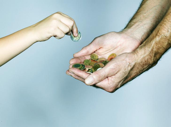 Фото №2 - Семейный бюджет: нужно ли делиться деньгами