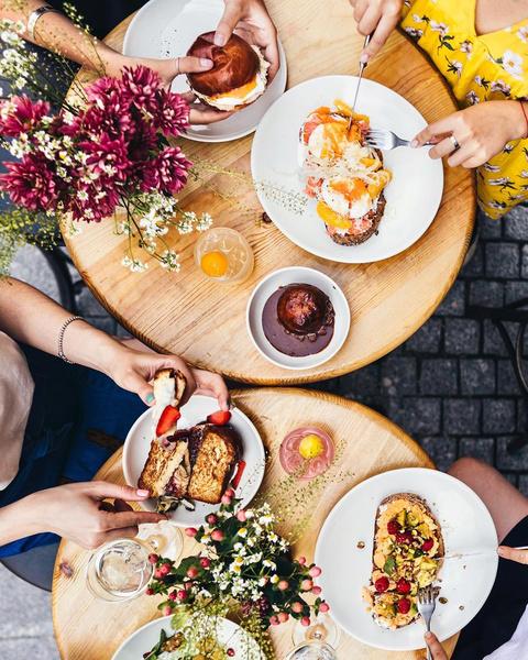 Фото №1 - 5 убедительных причин не забивать на завтрак