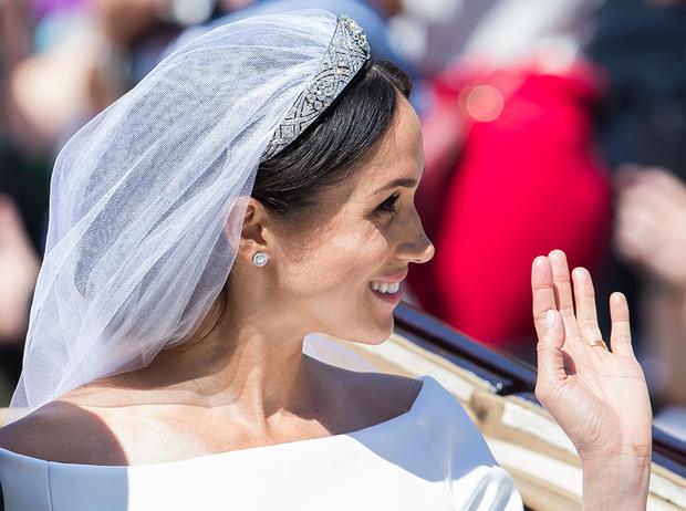 Фото №3 - От Одри Хепберн до Меган Маркл: знаменитые невесты в платьях Givenchy