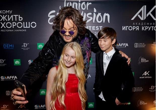 Фото №1 - Киркоров, Савичева и другие звезды на вечеринке «Детского Евровидения»