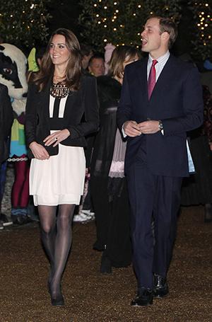 Фото №13 - Меган Маркл и принц Гарри начали свой тур по Великобритании