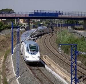 Фото №1 - В Испании остановлены скоростные поезда
