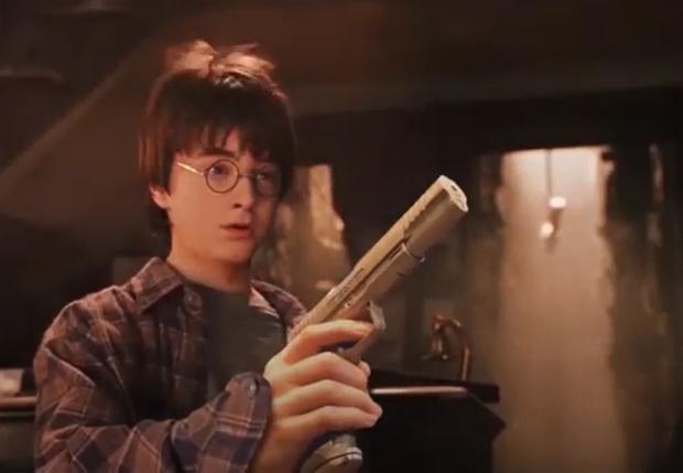 Фото №1 - Как выглядел бы мир Гарри Поттера, если бы в нем использовали огнестрельное оружие (видео)