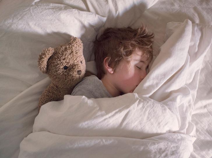 Фото №3 - Как приучить ребенка спать в собственной кровати