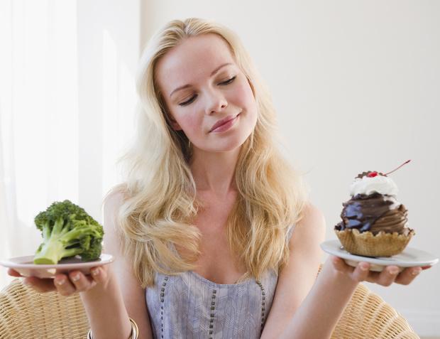 Фото №1 - 5 самых легких диет и 9 секретов простого похудения