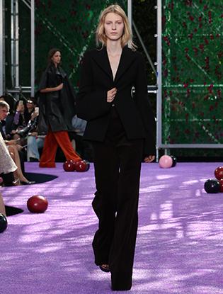 Фото №19 - Неделя Высокой моды в Париже: Dior Couture AW2015/16