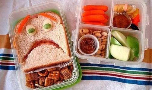 Фото №1 - Онищенко призывает родителей собирать детям в школу «душевные» завтраки