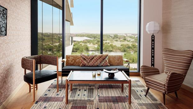 Фото №6 - Отель Austin Proper Hotel по дизайну Келли Уэстлер