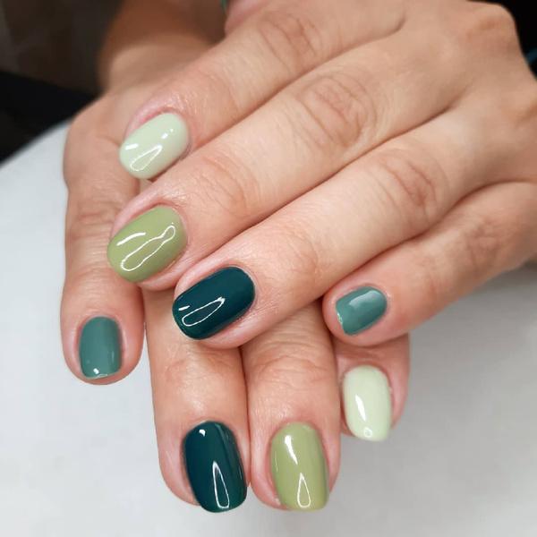 Фото №10 - Skittle nails: 12 идей конфетного маникюра