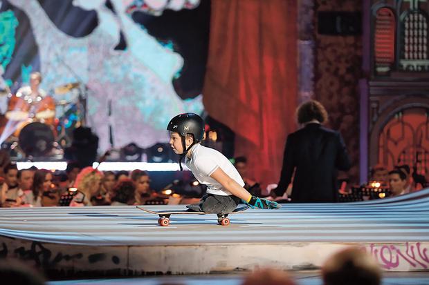 Участник нового сезона скейтбордист Максим Абрамов.