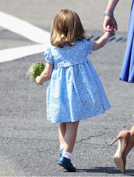 Фото №8 - Мама, ну идем же: принцессе Шарлотте не терпелось покинуть Польшу