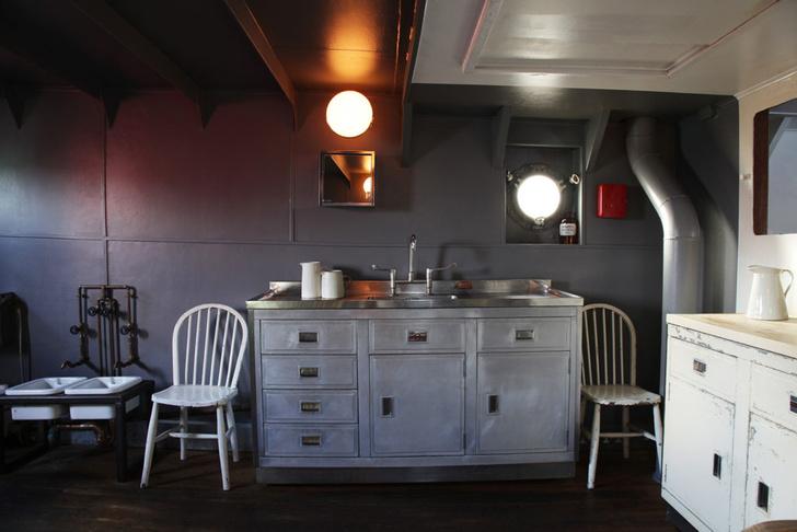 Фото №6 - В Англии продается дом на корабле