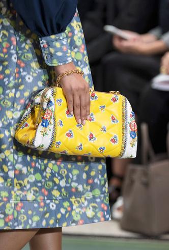Фото №8 - Самые модные сумки весны и лета 2020