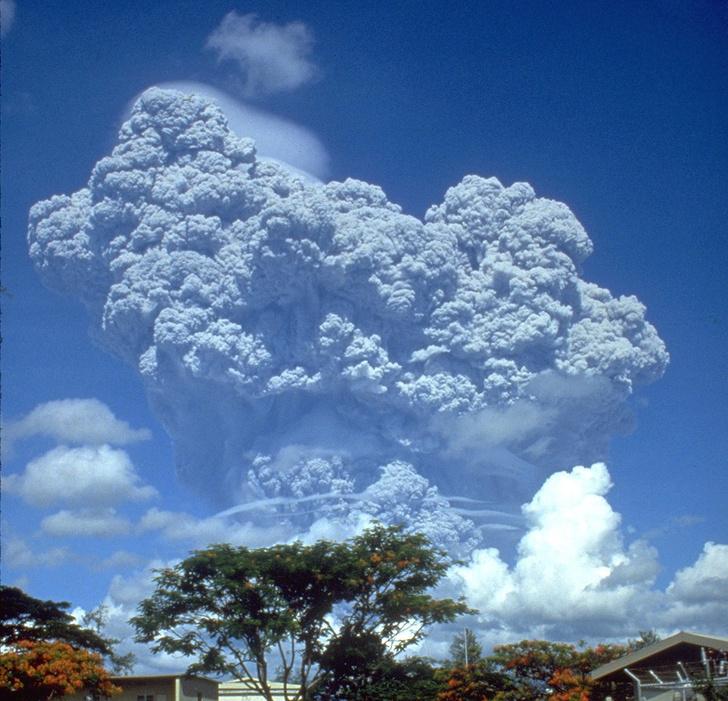 Фото №2 - К нам не подходи: самые вредные вулканы в человеческой истории