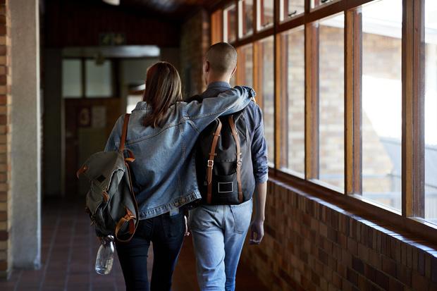 Фото №2 - Доказано наукой: 8 верных признаков, что ты влюбляешься