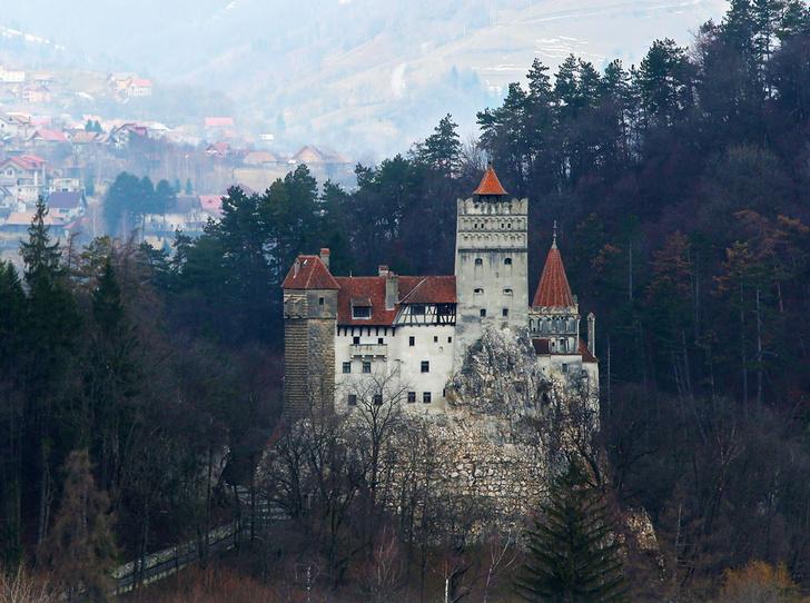 Фото №2 - 7 легендарных замков Европы