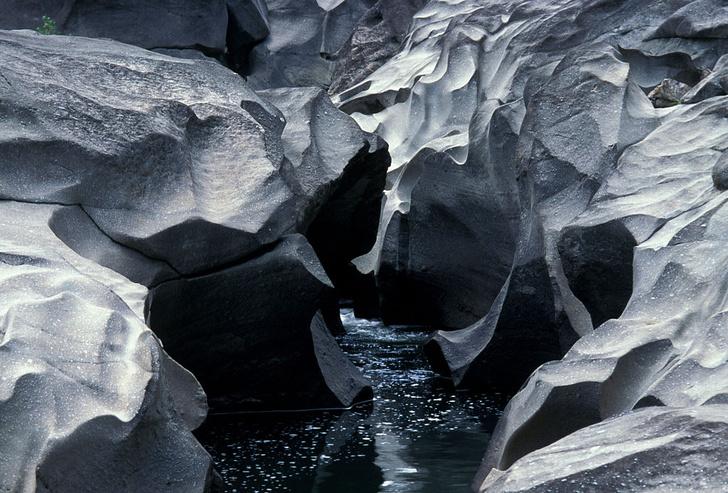 Фото №3 - Естественные дефекты: 5 «испорченных» природой мест, в которых мечтает побывать каждый путешественник