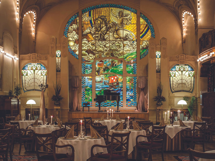 Фото №2 - 4 причины посетить легендарный ресторан «Европа» в Санкт-Петербурге